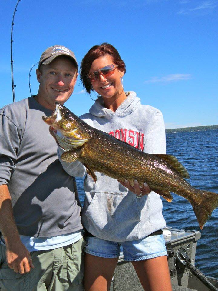 Wisconsin fishing guide service green bay walleye for Wisconsin fishing guides